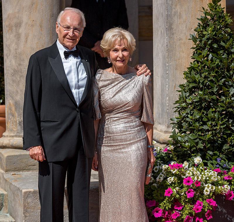 Edmund Stoiber mit Ehefrau bei der Premiere der Bayreuther Festspiele 2018